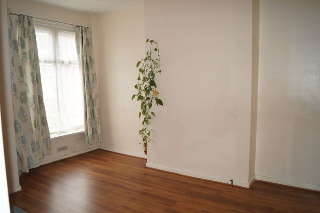 Thumbnail Terraced house to rent in Swayfield Avenue, Longsight, Manchester