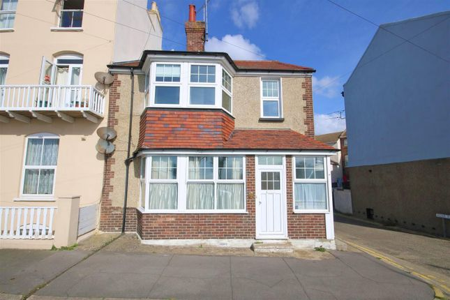 Thumbnail Maisonette for sale in The Parade, Walton On The Naze