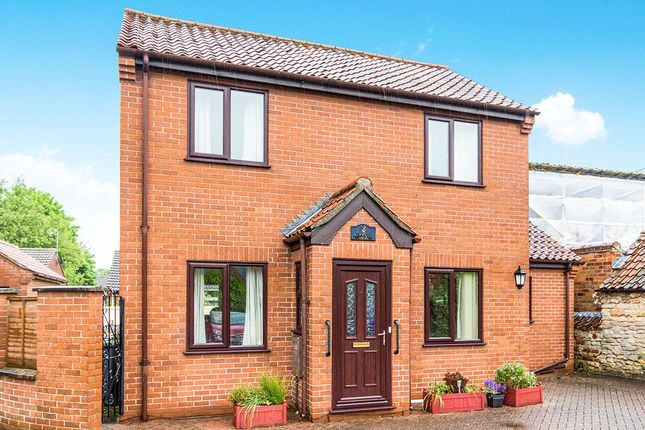 Thumbnail Detached house for sale in Blacksmith Mews, Navenby, Lincoln