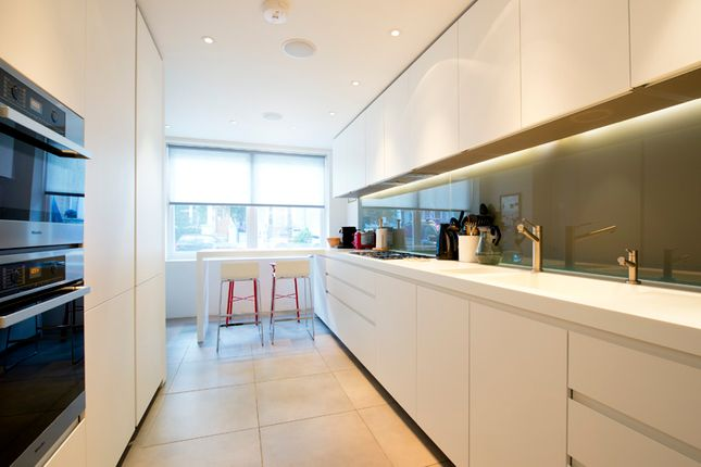 Kitchen  of Cathcart Road, London SW10