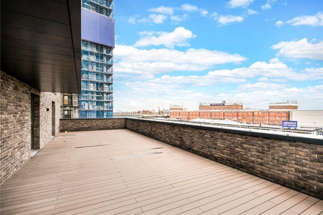 Roof Terrace of Mercer House, 20 St. Josephs Street, London SW8