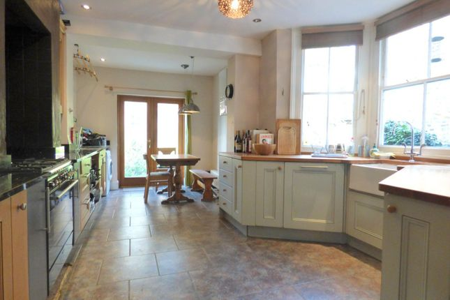 Thumbnail Semi-detached house to rent in Bonfield Road, London