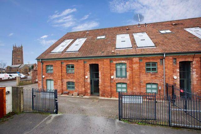 Thumbnail Flat to rent in Canon Street, Taunton