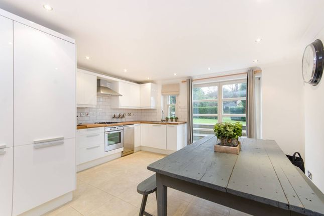 Thumbnail Flat for sale in Spencer Hill, Wimbledon