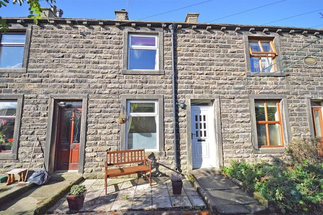 2 bed terraced house to rent in Centenary Row, Embsay, Skipton