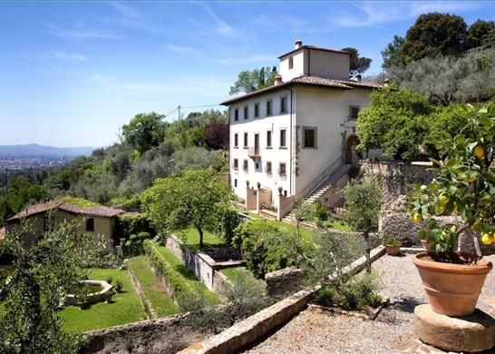 7 bed detached house for sale in Florence, Tuscany, Italy