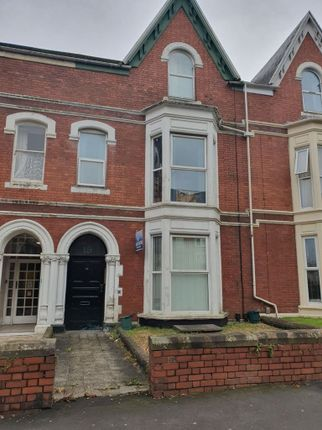 Thumbnail Studio to rent in Flat 6, Sketty Road, Uplands, Swansea