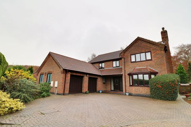 Thumbnail Detached house for sale in Kingfisher Close, Scunthorpe