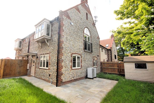 Thumbnail Cottage to rent in North Street, Langham, Holt