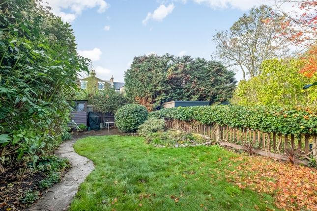Garden of Erlanger Road, London SE14