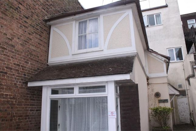 Thumbnail Cottage for sale in Eversley Road, Bexhill-On-Sea