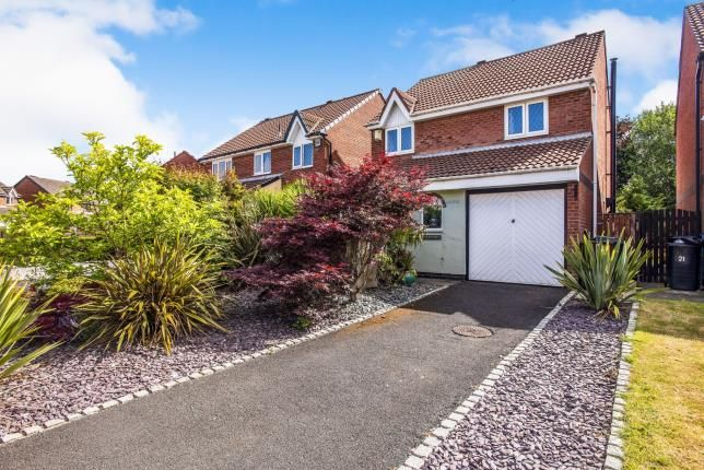 Thumbnail Detached house for sale in Turner Avenue, Lostock Hall, Preston