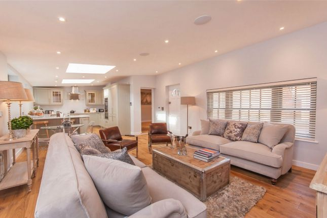 Thumbnail Semi-detached house for sale in Reading Road, Henley-On-Thames