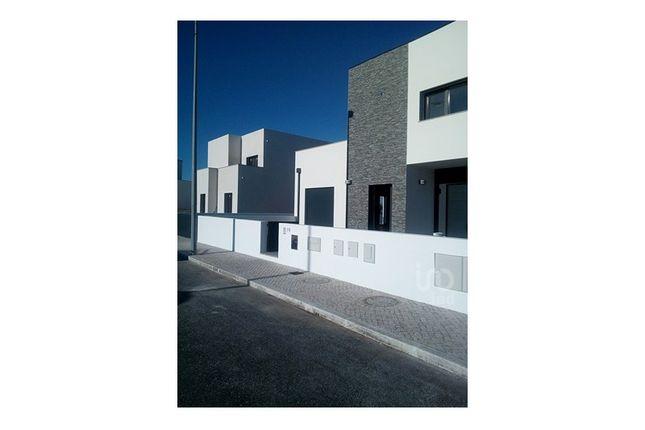 Detached house for sale in Tornada E Salir Do Porto, Caldas Da Rainha, Leiria