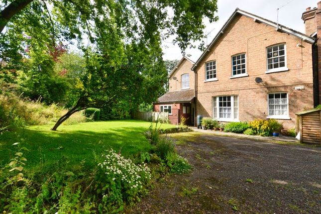 2 bed flat for sale in Church Street, Eccleshall, Stafford ST21