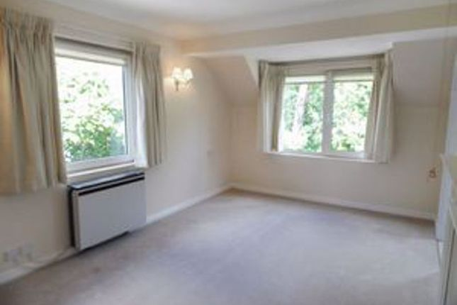 Lounge of Redwood Manor, Haslemere GU27