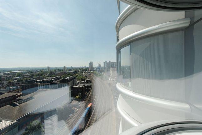 Picture No. 24 of The Corniche, 24 Albert Embankment, London SE1