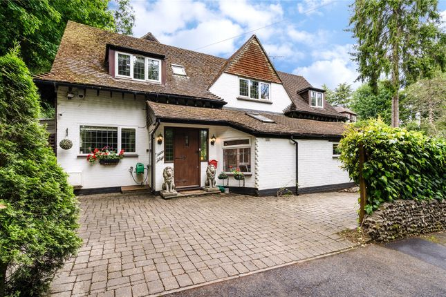 Picture No. 38 of Station Road, Woldingham, Surrey CR3