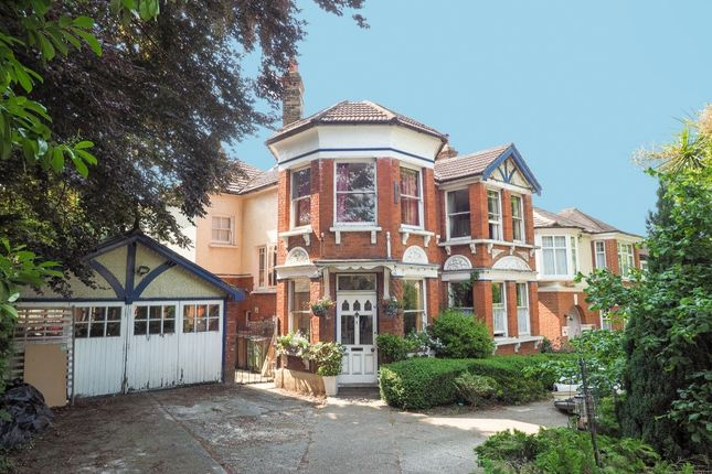 Thumbnail Detached house for sale in Sherwood Park Road, Sutton