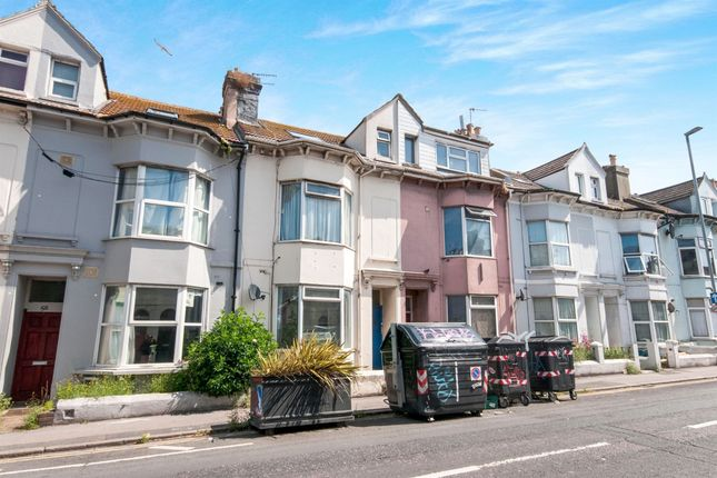 Thumbnail Terraced house for sale in Viaduct Road, Brighton