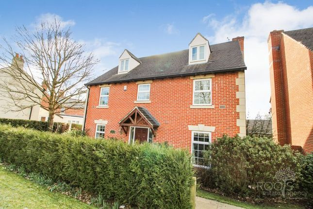 Thumbnail Property for sale in Bath Road, Woolhampton, Reading