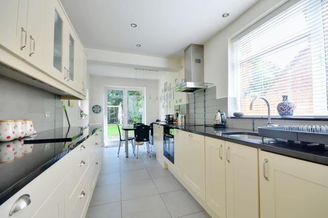 Thumbnail Detached house to rent in Hamilton Road, Uxbridge, Middlesex