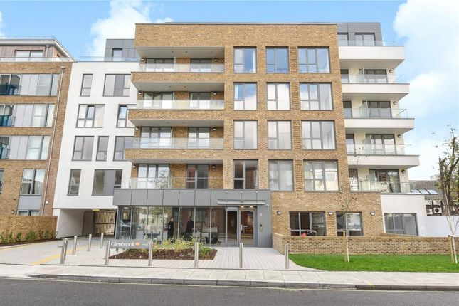 Thumbnail Flat for sale in Glenbrook, Hammersmith