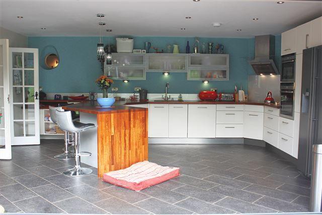 Thumbnail Detached house to rent in Mill Lane, Ashington, Pulborough