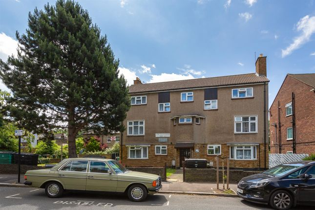 Thumbnail Flat for sale in Upper Walthamstow Road, London