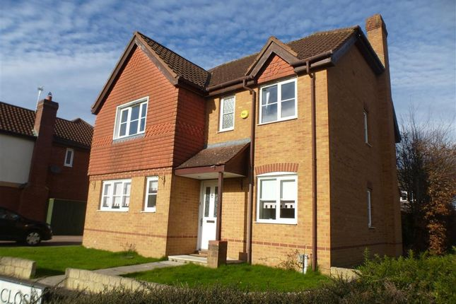 Thumbnail Property to rent in Tracy Close, Swindon