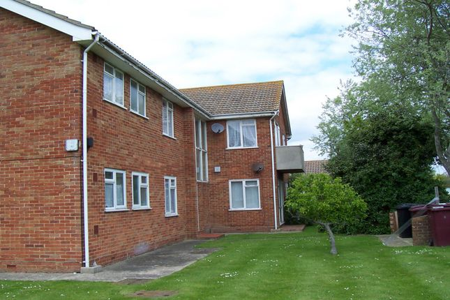 1 bed flat to rent in James Street, Selsey, Chichester