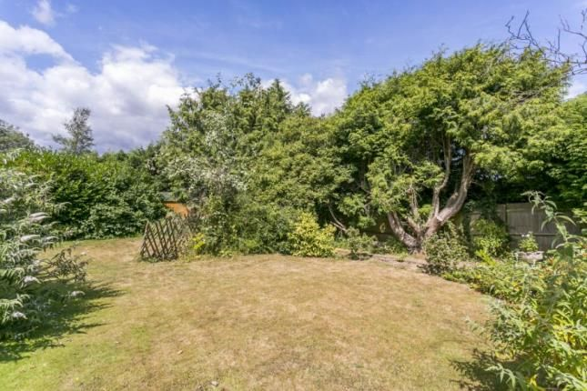 Thumbnail Detached house for sale in The Ridgewaye, Southborough, Tunbridge Wells, Kent