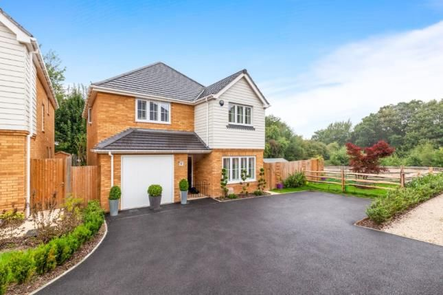 Thumbnail Detached house for sale in Hurst Wood Close, Flimwell, Wadhurst, East Sussex