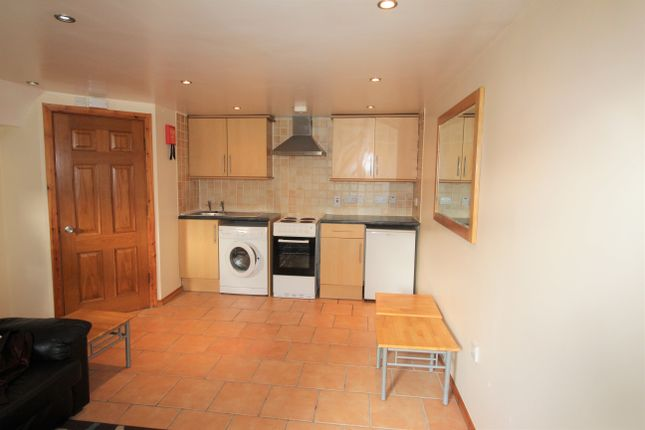 Thumbnail Property to rent in Whitchurch Road, Heath, Cardiff