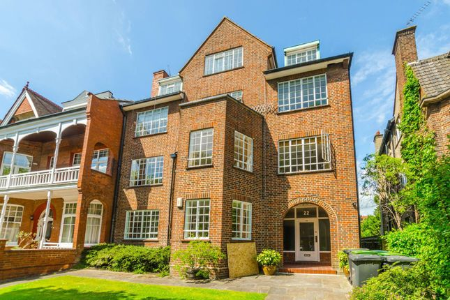Thumbnail Flat to rent in Queens Avenue, Muswell Hill, London