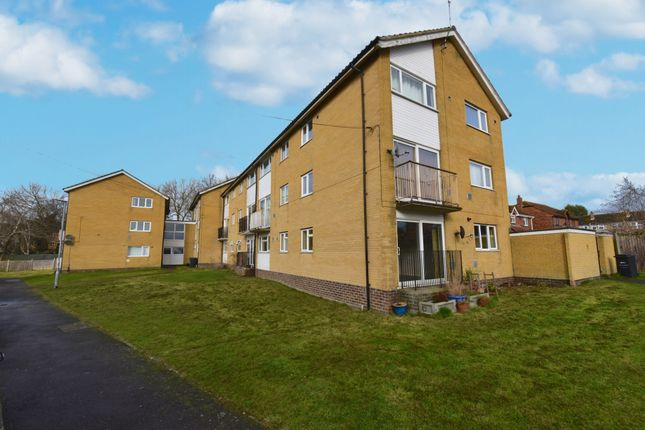Thumbnail Flat for sale in Eagle Close, Ilchester