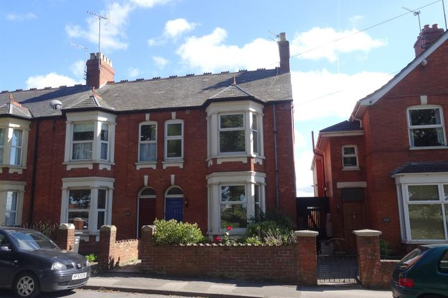 Thumbnail End terrace house to rent in Greenway Road, Taunton
