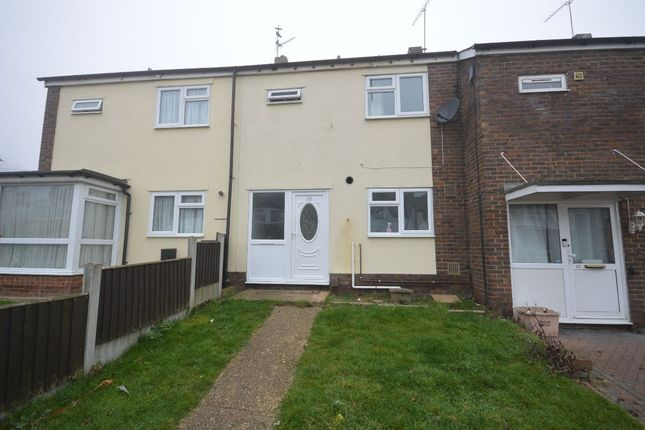 3 bed terraced house to rent in Great Mistley, Basildon SS16