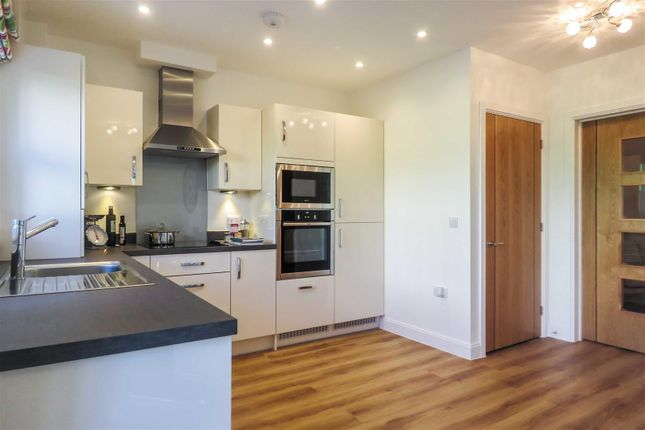 Thumbnail End terrace house for sale in Shortmead Street, Biggleswade