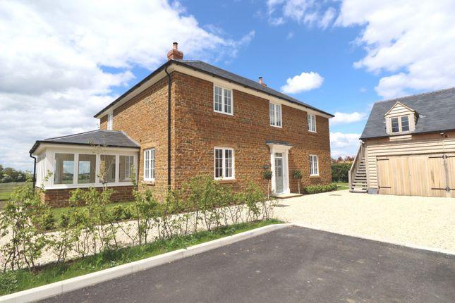 Thumbnail Detached house for sale in Meadow Lane, Tysoe, Warwick