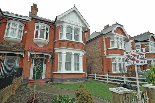 5 bed property for sale in Montague Gardens, West Acton, London