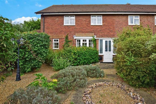Thumbnail Semi-detached house for sale in Linkway, Ditton, Aylesford, Kent