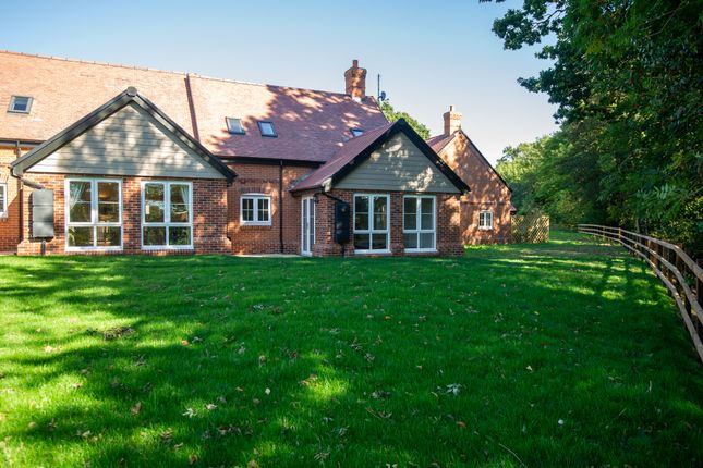 Thumbnail Cottage for sale in New Build, 4 Meadow View, Moat Park, Great Easton, Essex