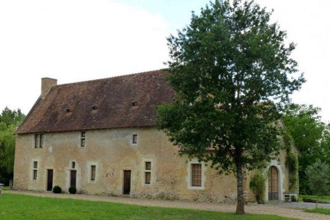 Thumbnail Country house for sale in Baugé, Pays-De-La-Loire, 49150, France