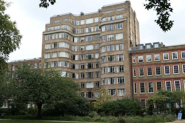 Studio for sale in Charterhouse Square, London EC1M