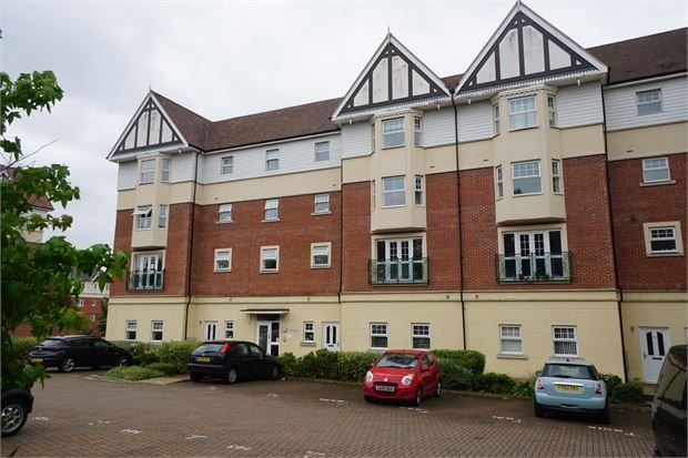 Thumbnail Flat to rent in Apprentice Drive, Colchester, Essex.