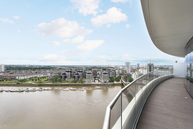Thumbnail Flat for sale in Lombard Road, London