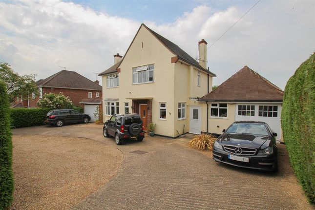 Thumbnail Detached house for sale in Belmont Road, Hemel Hempstead
