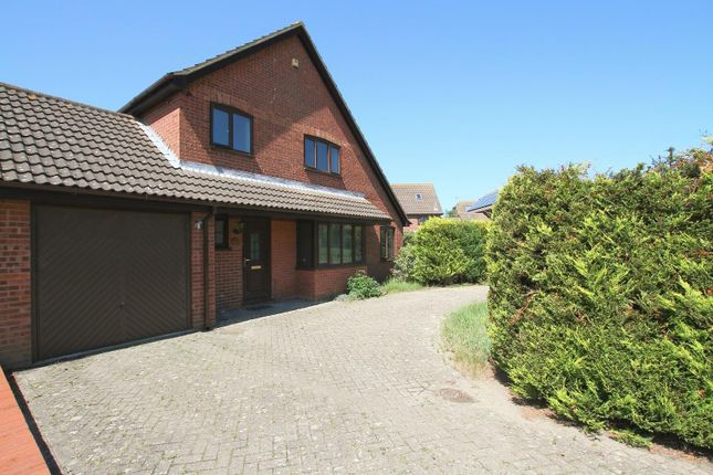 Thumbnail Property for sale in Lucy Avenue, Folkestone