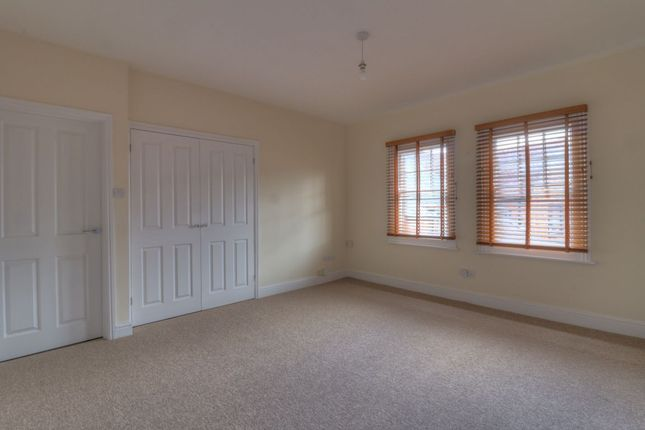 Thumbnail Flat to rent in Henderson House, New Road, Princes Risborough